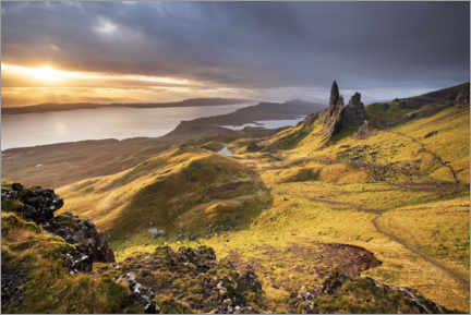 Premium-Poster  The Old Man of Storr bei Sonnenaufgang - The Wandering Soul