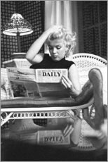 Leinwandbild  Marilyn Monroe ? Zeitung lesend - Celebrity Collection