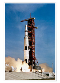 Premium-Poster  Apollo 11 Raumfahrzeug hebt vom Kennedy Space Center ab - Stocktrek Images