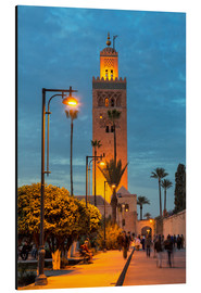 Alubild  The Minaret of Koutoubia Mosque illuminated at night, UNESCO World Heritage Site, Marrakech, Morocco - Martin Child