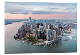 Acrylglas  Luftaufnahme von Lower Manhattan mit One World Trade Center bei Sonnenuntergang, New York City, USA - Matteo Colombo